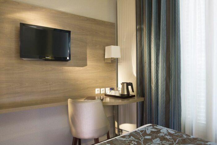 HOTEL DE TURENNE 4*